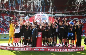 Soccer - npower Football League One - Play Off - Final - Huddersfield Town v Peterborough United - Old Trafford